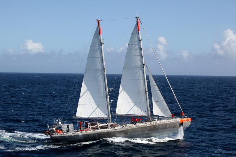 tara_oceans_boat2_l